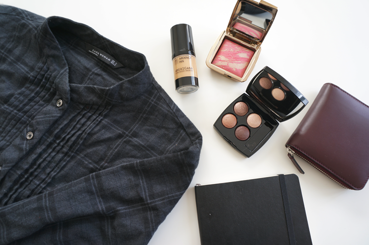 new in, haul, beauty, style, non-beauty, Everlane Square Zip Wallet, Zara plaid dress, Ardency Inn Americana Custom Coverage Concentrate, Hourglass Ambient Lighting Blush Luminous Flush, Chanel Les 4 Ombres Multieffect Quadra Eyeshadow Tisse Rivoli, Moleskine planner
