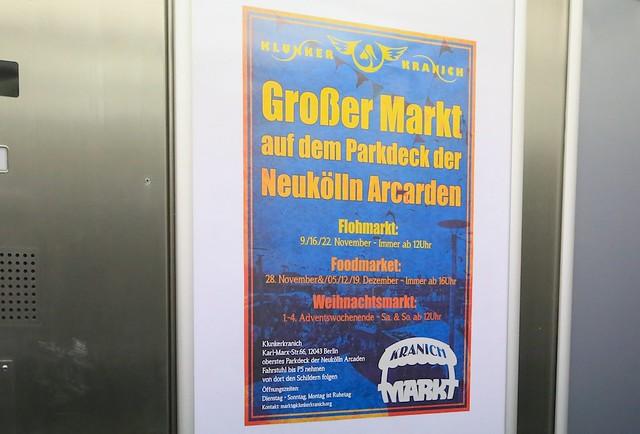 Klunker Kranich Weihnachtsmarkt, Neukoelln Arcaden, Berlin, Germany, fotoeins.com