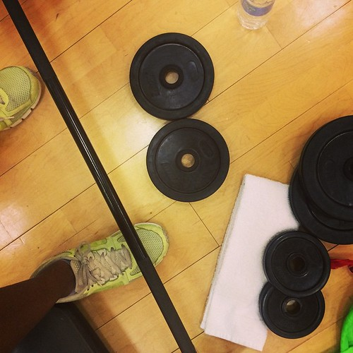 It's Monday! I went to Group Power this AM. How are you getting active today? Leave a comment! #fitfluential #fitfam #tiuteam #sweatpink #workout #gymtime