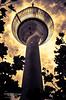 Düsseldorf Fernsehturm (split toned)