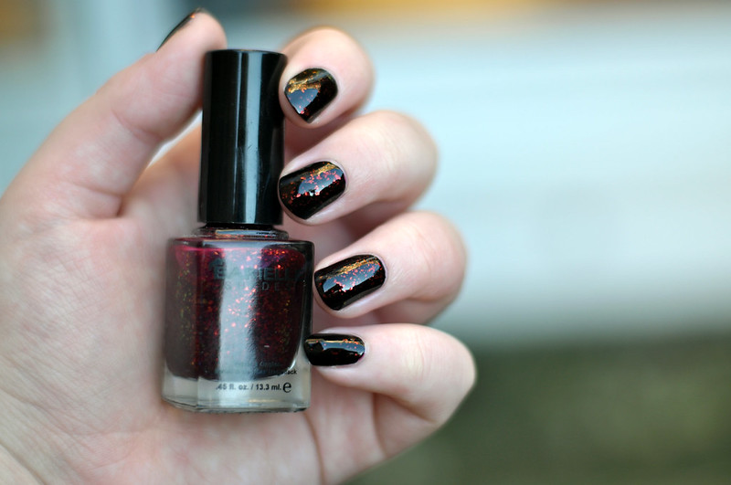 notd barielle elles spell nail polish rottenotter rotten otter blog 2
