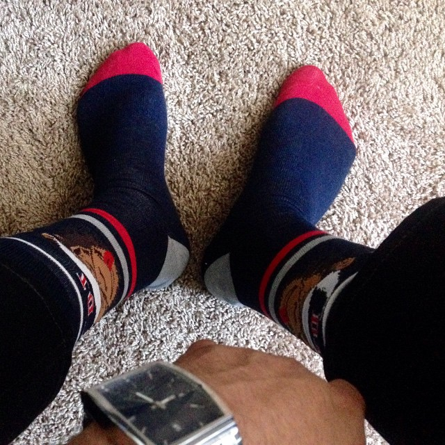Game socks on !!! #happythanksgiving #gamesocks #cowboysvseagles #wingstop #prodbynickjames #Fam #StudiooneInc #hhe #awesomlife #wetheones @prodbynickjames