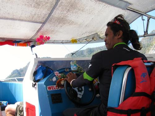 Navegando por el Mar de Andamán