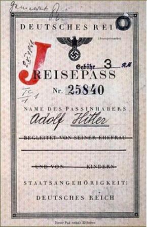Pasaporte falsificado de Hitler 2