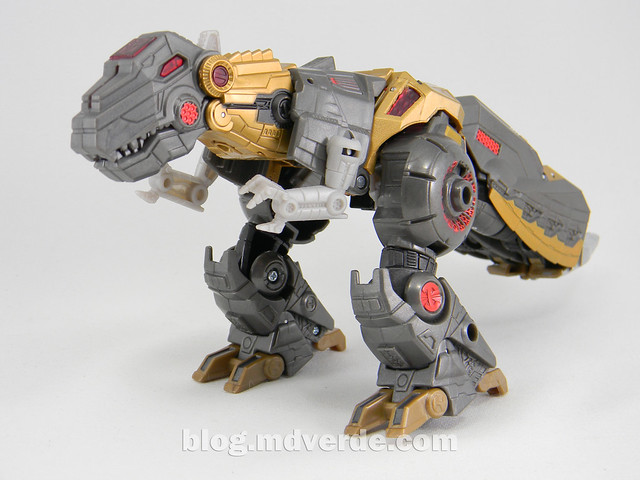 Transformers Grimlock Voyager - Transformers Generations Fall of Cybertron - modo alterno