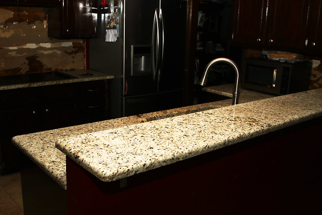 pictures of undermount kitchen sinks granite countertops step 2 7493