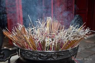 Hanoi - Incense
