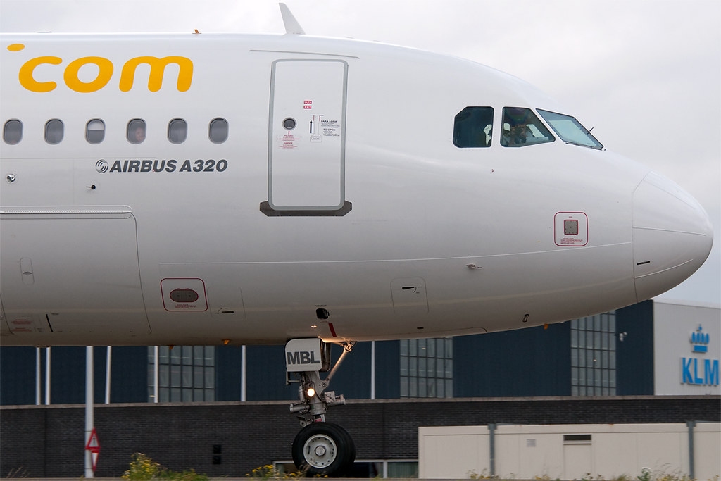 EC-MBL - A320 - Med-View Airline
