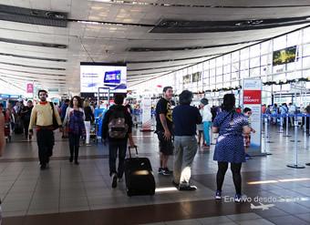 SCL transito aérea check-in (RD)