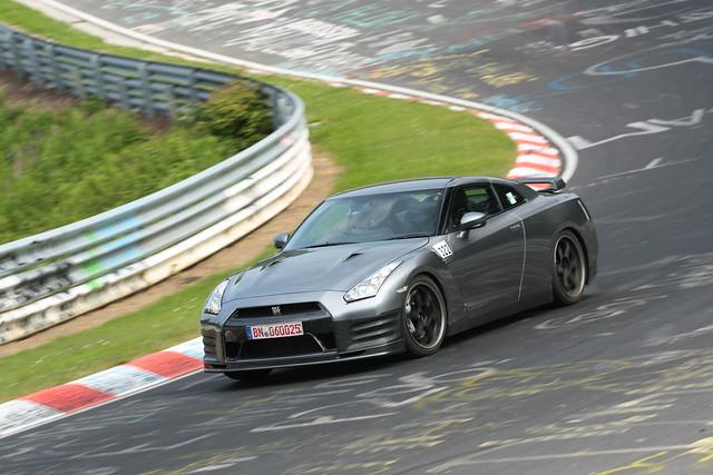 Nissan GT-R SpecV test mule 1