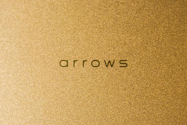 arrows SV F-03H モニター端末