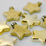 Small gold star decorations