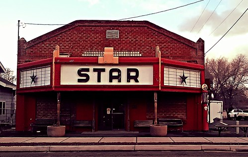 street travel building brick oregon rural vintage star theater country dec bly 2014 startheater