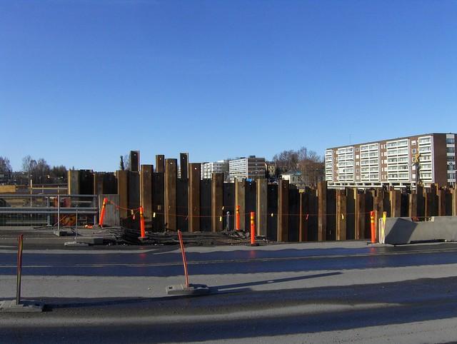 Hämeenlinnan moottoritiekate ja Goodman-kauppakeskus: Työmaatilanne 18.3.2012 - kuva 12
