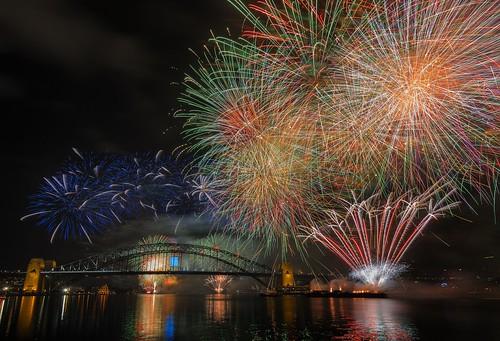 02 Sydney NYE Fireworks 2015