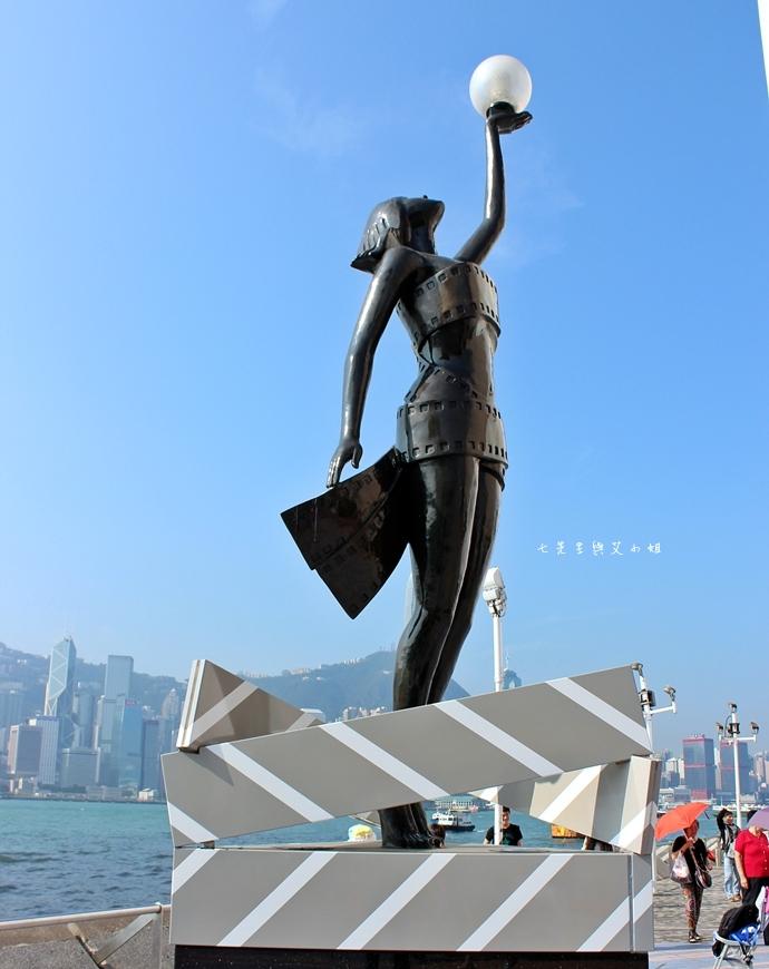 29 洲際酒店 InterContinental 閃躍維港 3D光雕匯演