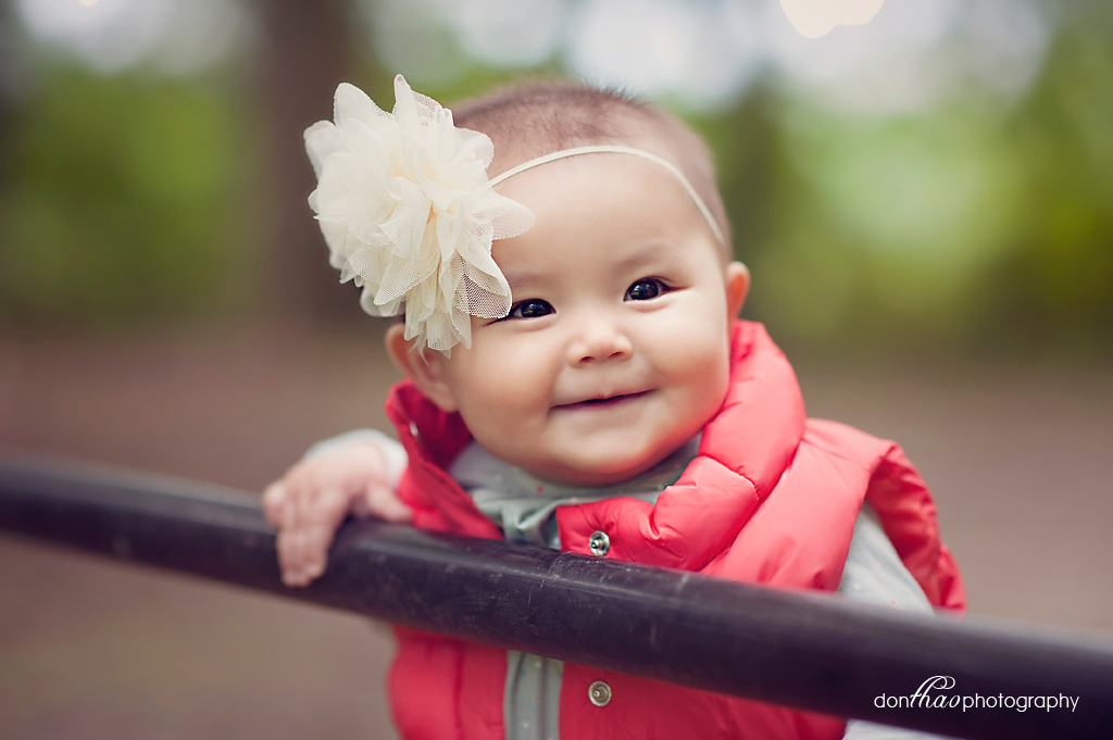 6 month old photography in Hudsonville, Michigan