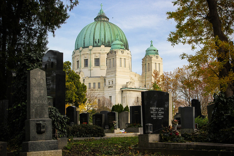 Visiting the Vienna Central Cemetery | packmeto.com
