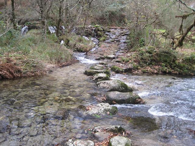 Pasos dos Barcos en el río Barragán