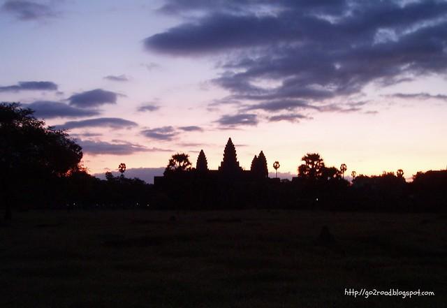 Солнце встает, Камбоджа