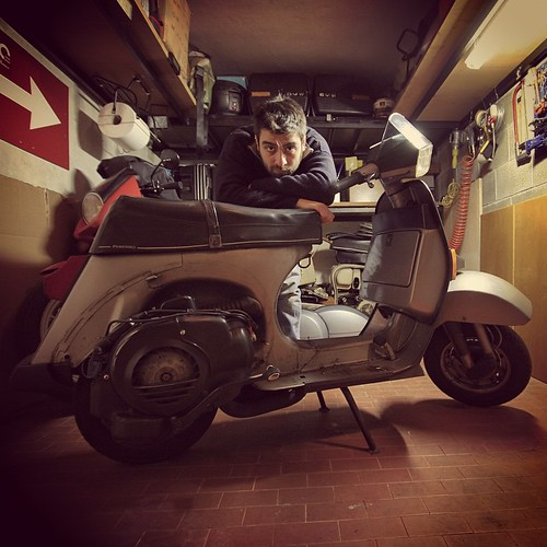 #officinasupersprint #Vespa #vespat5 #bmw #bmwmotorrad #garage #automotive #bike #Lambretta