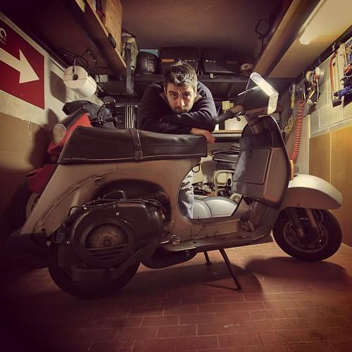 #officinasupersprint #Vespa #vespat5 #bmw #bmwmotorrad #garage #automotive #bike #Lambretta