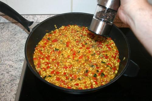 40 - Mit Pfeffer & Salz abschmecken / Taste with pepper & salt
