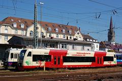 Diesel-Triebwagen Regio-Shuttle RS 1 der Hohenzollerischen Landesbahn AG im Bf Radolfzell am Bodensee