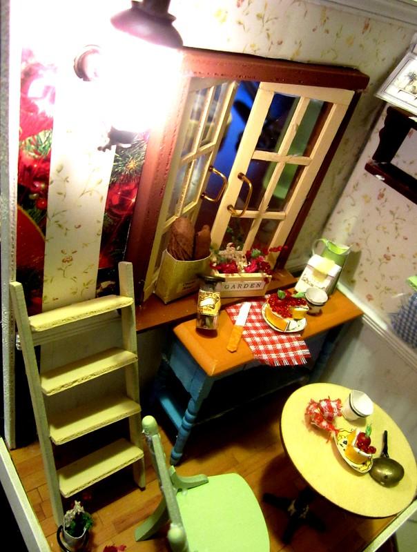 Mel's miniature house 1