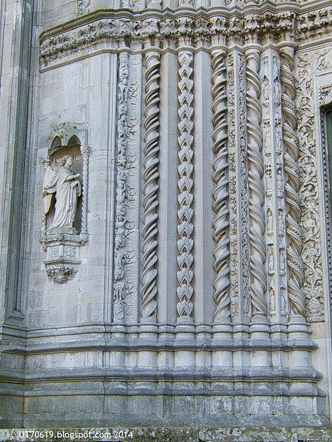 Todi - S.Fortunato Tür