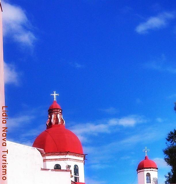 cúpulas iglesia de Tonatico