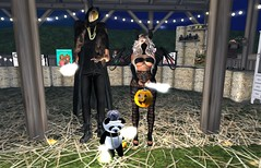 Trick or Treating with my Bestie Panda & Kanye aka Von. ||