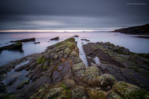 longexposure bw seascape coast scotland rocks long exposure fife 10 forth stop filter r fujinon f4 firth firthofforth kirkcaldy xf ois seafield nd110 1024mm bwnd11010stopfilter fujixe1 fujinonxf1024mmf4rois