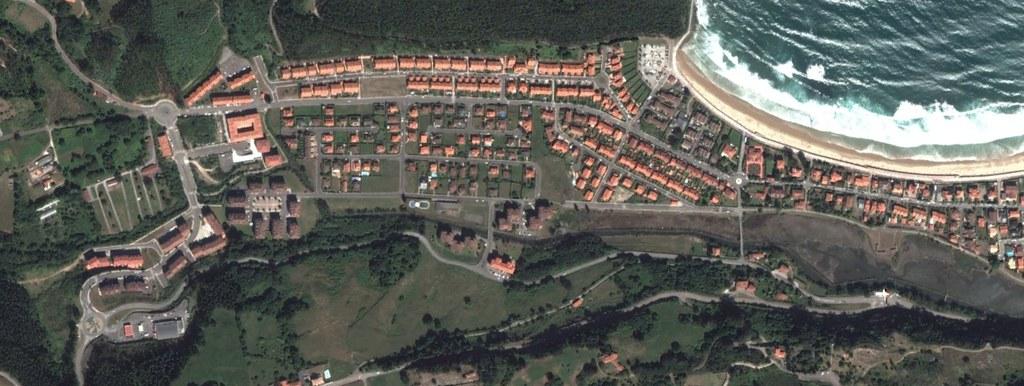 ribadesella, asturias, caaaaaaaaaastrón, después, urbanismo, planeamiento, urbano, desastre, urbanístico, construcción, rotondas, carretera