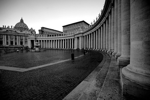 city vatican rome roma sunrise sony vaticano rom vatikan lecolonne colonnato colonnades sonyα900 sal1635z stpeterssquareandbasilica