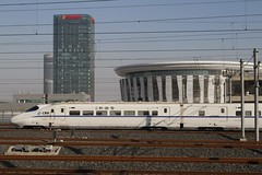 China Railways CRH2 high speed train arrives at Jinan West station