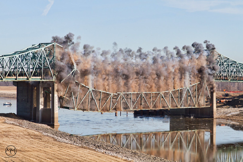 04 Chain of Rocks Bridge Demolition