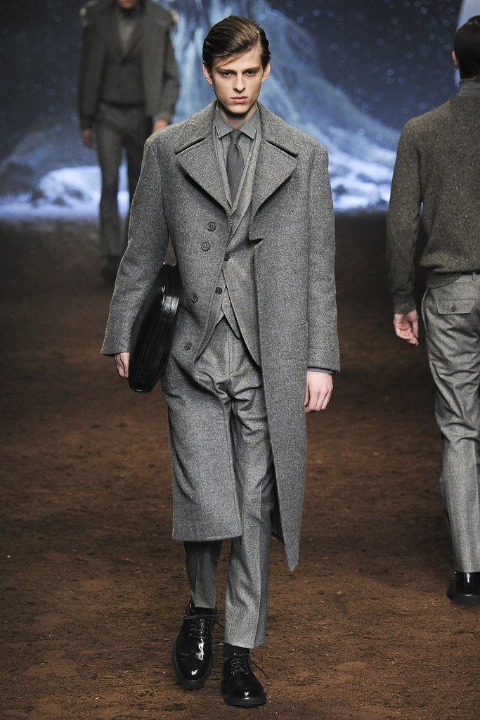 FW15 Milan Corneliani030_Elvis Jankus(VOGUE)