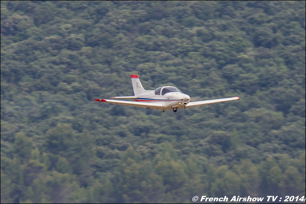 ULM,pioneer 300 STD,ALPI AVIATION , Meeting des 60 ans de l'ALAT 2014 ,Cannet des Maures