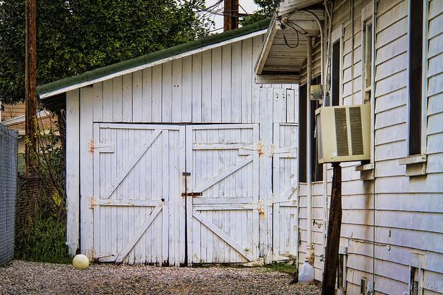 1930s garage/barn