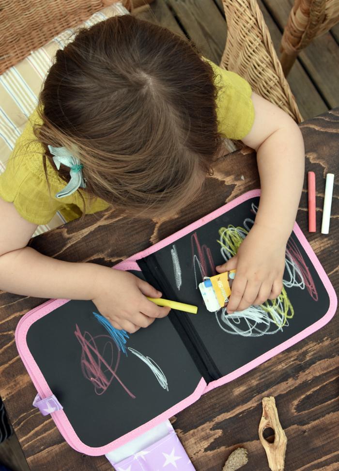 jaq jaq bird - chalk book
