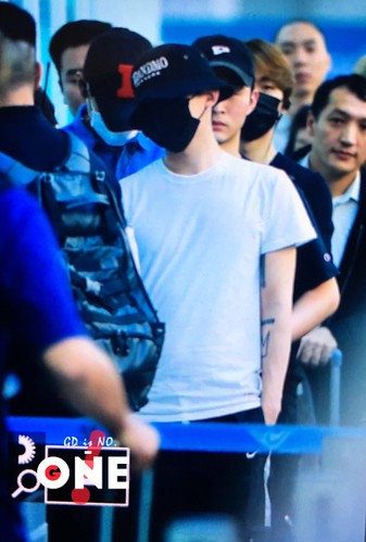 BIGBANG Departure Seoul Incheon to Foshan 2016-06-10 (52)