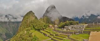 Huana Picchu Panorama - close up