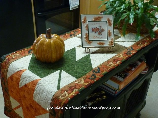 Maple Leaf Table Runner finished 5