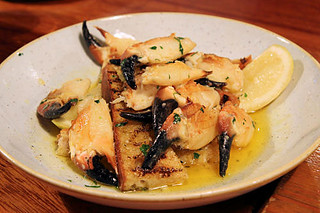 Liscannor Bay Crab Claws with garlic butter IMG_2383-ch-R