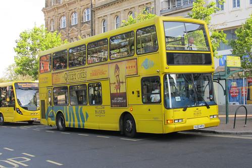 DB424 HJ02HFH Yellow Buses