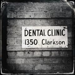 { dental clinic }
