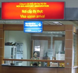 Vietnam on arival en el aeropuerto de Hanoi (Vietnam)