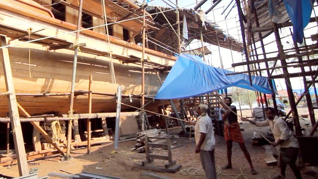 Uru craftsmen & Traditional Indian Boat Building - 4