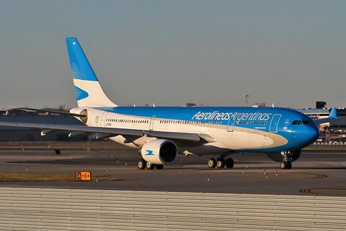 A332 - Airbus A330-223